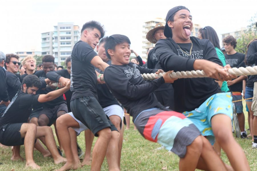 Seniors enjoy time together at Mid-Pacific's all-school picnic earlier this school year. In the midst of the coronavirus crisis, the senior class is working to keep in touch and share memories.
