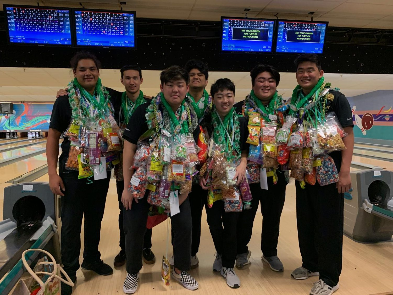 Boys bowling nets two-time ILH championship title