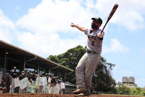 Mid-Pacific senior Bryson Ho enjoys the cheers from his fellow players. Mid-Pacific  finished their baseball game on May 1 with an appreciation speech and cheers from the Junior Varsity players.